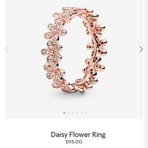 Daisy flower ring from Pandora